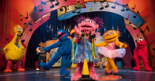 Sesame street live elmo makes music kids out and about phoenix all meet greets start one hour before show time and last 20 minutes late comers may miss the opportunity please meet at the sunny seats sign in the main m4hsunfo